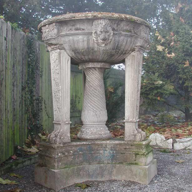 Vorzustand der Vase im Park des Konservatoriums Luzern