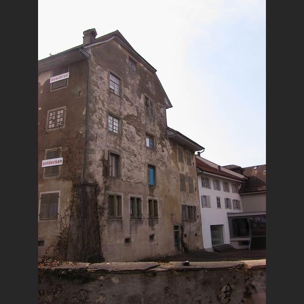 Gesamtansicht des Sankturbanhofs vor der Restaurierung
